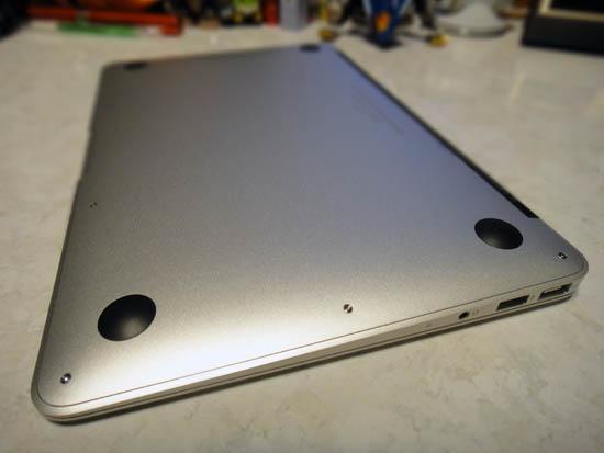 MacBook_Air_11_032.jpg